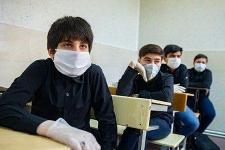 آغاز فعالیت اکیپهای سیار واکسیناسیون کرونا در برخی مدارس