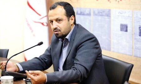 وزیر اقتصاد: ارز ۴۲۰۰ تومانی مانع فعالیت فعالان بخش خصوصی میشود