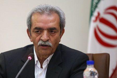 صنعت ایران از فنآوری روز جهان دور مانده است / کالاهایی را تولید میکنیم که جهان دور میریزد!